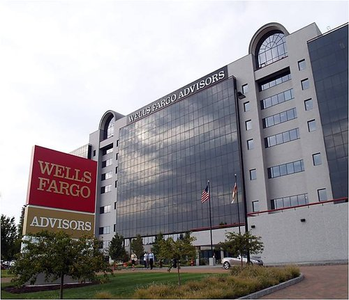 wells-fargo-advisors-office